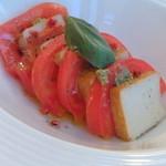 キリン ビアポート - スモーク豆腐のカプレーゼ(480円)