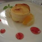 レストラン ソネット - 林檎のケーキとフルーツ