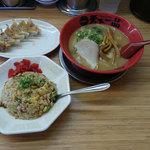 天下一品 - 炒飯餃子定食(990円)