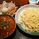 麺屋 大和 - 辛つけ麺(並)+全部載せ(2013/08)