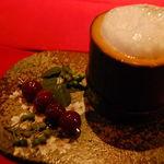 ベンフィディック - 生竹と民山椒のカクテル・自家製チェリーのペドロヒメネス漬け