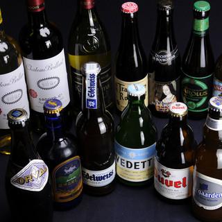 日本酒、ワインやビールまで品揃えは100種類!!