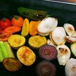 お好み焼き 神明 - 焼き野菜とカチョバロ~野菜に焼き色を~