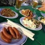 ビアガーデン日本橋 - 食べ放題のビュッフェ。和洋中