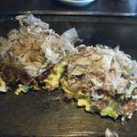 お好焼たこ壷 - 豚ロース玉子、タコ玉子焼けたよ~。