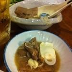 源氏とん太 - モツ煮込み豆腐入り