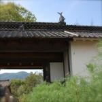 里山亭 - 別室にもなっている古い長屋門も良い雰囲気でした。