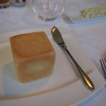 レストラン トエダ - 四角いパン