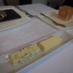 レストラン トエダ - 海藻入り有塩バター&無塩バター