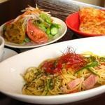アーシュターブル - 人気のランチメニュー!新鮮有機野菜のサラダバーもご好評です!!