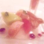 シェムラブルリス - アイスとりんごとシューの桃のソース