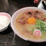 肉玉そば おとど - 千葉発!日本一ご飯がすすむラーメン! 『肉玉そば おとど』です。 本日はラーメン&ライス決定ですね♪