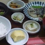 魚こころ - 魚の塩焼定食