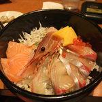 20910874 - 海鮮丼