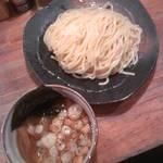 つけ麺屋 やすべえ - つけ麺(中盛)720円(2013.8.28)