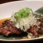 ちゃいろ - 料理写真:激旨焼き豚足¥390---トロトロに煮込んで表面はパリッと焼き上げました。