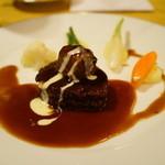 メイプルラウンジ - フィレ肉と頬肉の赤ワインソース