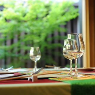 料理に合わたおすすめワインを提案