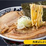 東京豚骨拉麺 ばんから - 料理写真:ばんからの2本の柱である「豚骨醤油」と「とんこつ」は他店にはないインパクトのある味!