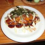 ベ~子屋 - 料理写真:山芋お好み焼き(タコいり)600円