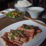 焼肉ダイナーハウスFAM - ファムカルビ定食