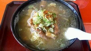 天味食堂 - ホルモンラーメン 700円