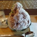 壺中庵 - 北海道チーズとハスカップ側