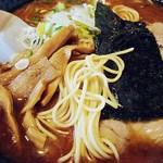 20932227 - とんこつお魚ラーメン 麺アップw