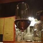 Gatti - 赤ワイン。モンクロ サンジョヴェーゼ 2012。スッキリ〜