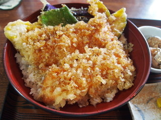 レイクサイドキッチン トントン - 姫ます天丼アップ