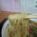 九州ラーメン 葉隠 - 麺