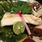 活魚・鍋料理 風車 - クエの焼き物。旨味の凝縮されっぷりが凄い。