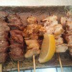 真田の里 - 美味しい串盛り