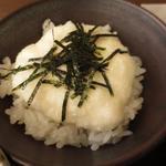 蕎麦や 銀次郎 - ご飯はかしわ・ちりめん高菜・山芋とろろの三種から選べます。 山芋とろろご飯