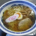 番屋 - 料理写真:醤油ラーメン