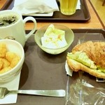 20945971 - モーニングセット7番+サラダ+コーヒー