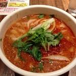 西安刀削麺酒楼 - 坦々刀削麺780円