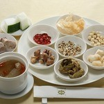 中国薬膳料理 星福 - 季節の薬膳蒸しスープ