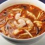 中国薬膳料理 星福 - 酸辣麺サンラーメン