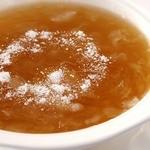 中国薬膳料理 星福 - 真珠粉入りフカヒレスープ