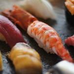 寿司貞 - 本場の江戸前寿司の「活き」と「粋」をご堪能ください。