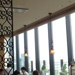 ラ ボデガ - 窓側の席だと、眺めが良い!?
