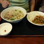 20969773 - チャーシュー麺とチンジャオロースー飯のセット