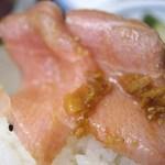 やなぎ寿司 - まぐろ丼の中トロ