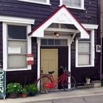 カフェ・ポステン - ポステン君と赤い自転車♪