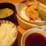 米福 新在家 - えび天ぷら定食830円♪ご飯大盛り♪