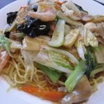台湾料理 萬福 - 料理写真:五目焼きそば