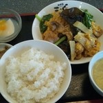 四川名菜 天心 - 豚肉と卵の炒め定食