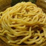 ベジポタつけ麺えん寺 - ベジポタつけ麺の麺(胚芽麺)