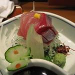 鮮魚旬菜 吉 - 鯛の刺身